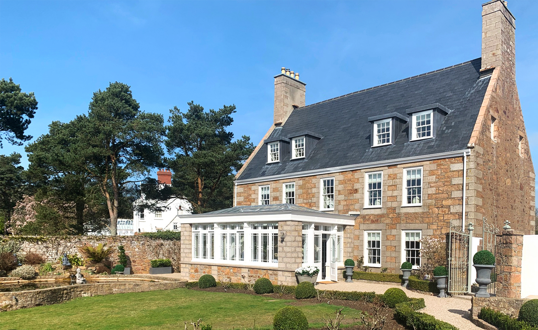 CONSTRUCTION FINISHED FOR LE PONT FARM | Axis Mason